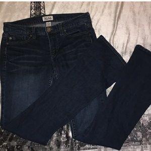 MUDD bootcut size 7 jeans